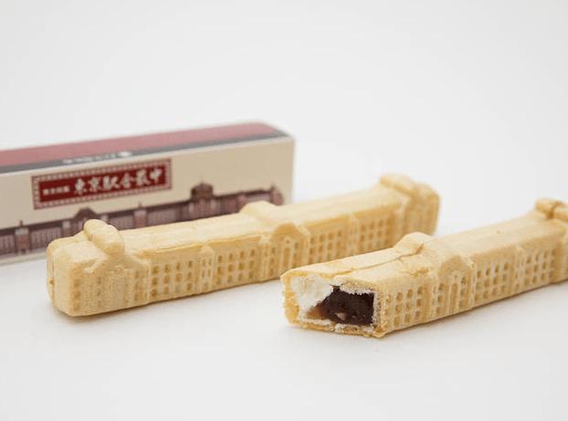 將和菓子結合丸之內車站,打造造型相當特別的甜點。(圖/timeout.jp,FunTime提供)