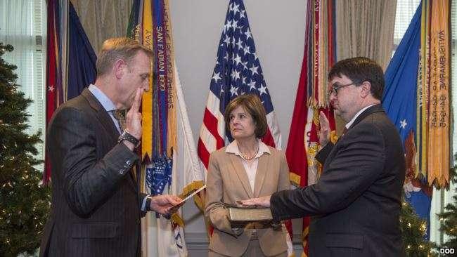 韋爾奇2017年11月20日宣誓就任國防部人事長(美國國防部/美國之音)