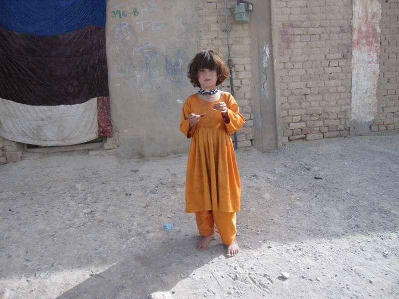 阿富汗與巴基斯坦邊境,戰亂下的貧窮市井實貌。(作者提供)