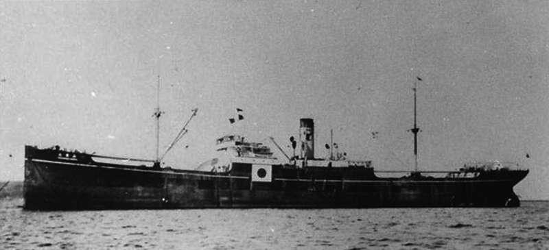 日本運輸船山藤丸, 1942 年 10 月 19 日沉沒於澎湖外海。但耐人尋味的是,美國表示該船是由美國潛艇「長鬚鯨號」以魚雷擊沉,但日方的記載卻是「觸礁」。臧振華表示,這種「各自表述」的情況在戰爭相關史料中經常可見。(圖/臧振華,研之有物提供)