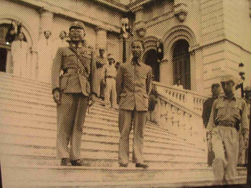 1945年何應欽上將到越南河內視察受降成果。(圖/Nam Quốc Văn提供|想想論壇)