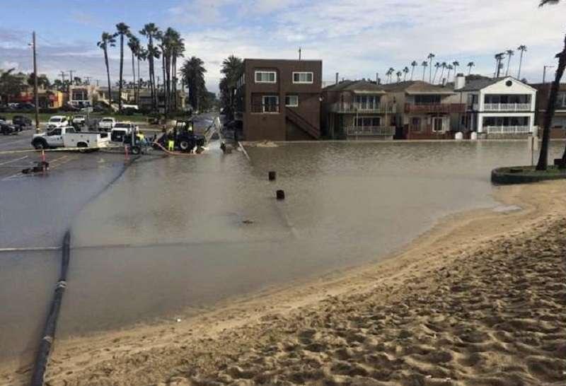 圖2 2016年9月5日紐約時報曾報導,美國東海岸和墨西哥灣已出現「晴天淹水」(sunny-day flooding)的情況。(圖為美聯社)