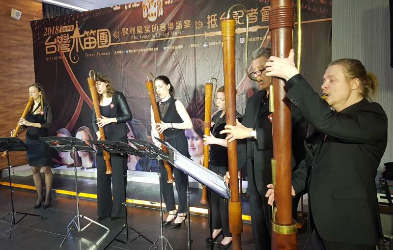 「荷蘭皇室木笛團」8位成員均為師資級的木笛演奏家。(圖/方詠騰攝)