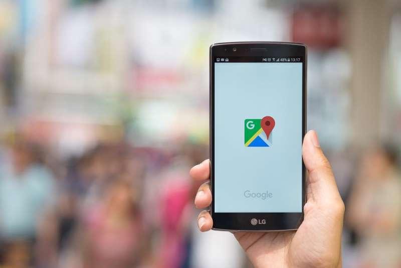 Google因為這一年缺乏推出重量級消費級產品,在美國消費者品牌名聲調查中,從第8名跌到第28名。(圖/shutterstock,數位時代提供)