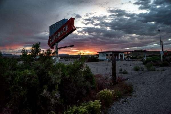 在猶他州的無人區伍賽德,這段旅行亦被攝影師收入《被遺忘的美國》一書。 (圖/澎湃新聞提供)
