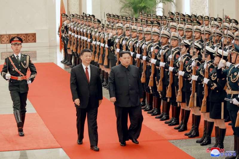 北韓領導人金正恩在3月25日至28日間造訪北京,與中國領導人習近平見面。(美聯社)