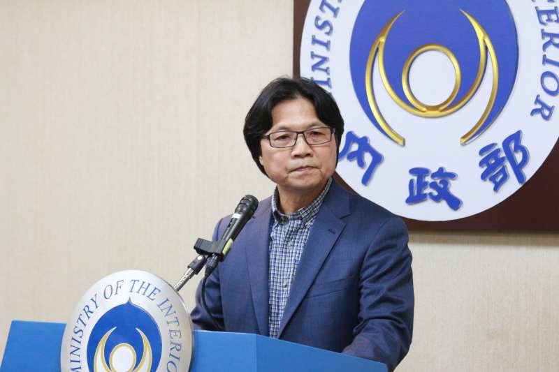 20180410-內政部長葉俊榮召開記者會,說明赴錄短期客座講學之事。(陳韡誌攝)