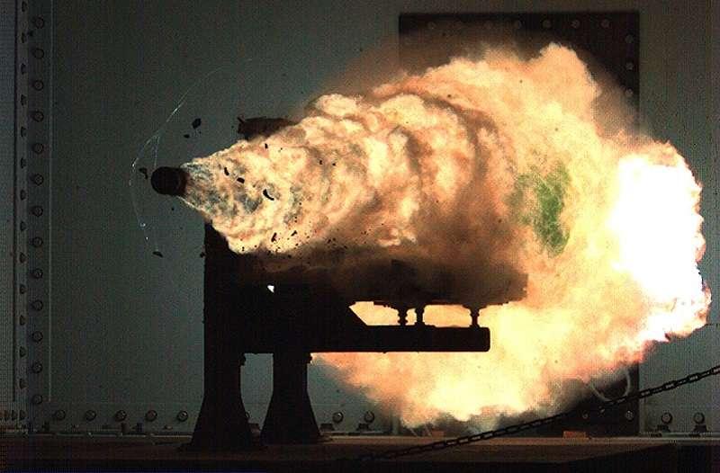 美國海軍特種作戰中心 在2008年1月試射的磁軌砲。(維基百科)