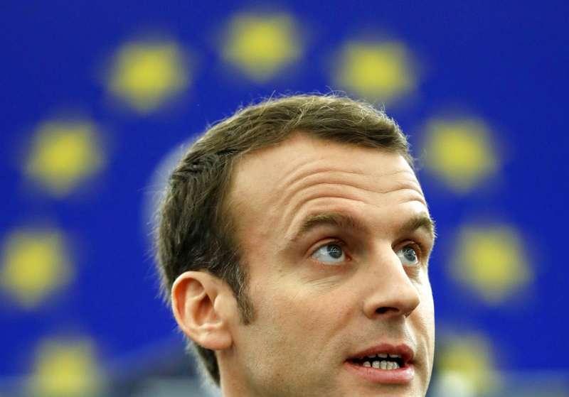 法國總統馬克宏17日在歐洲議會發表演說。(AP)