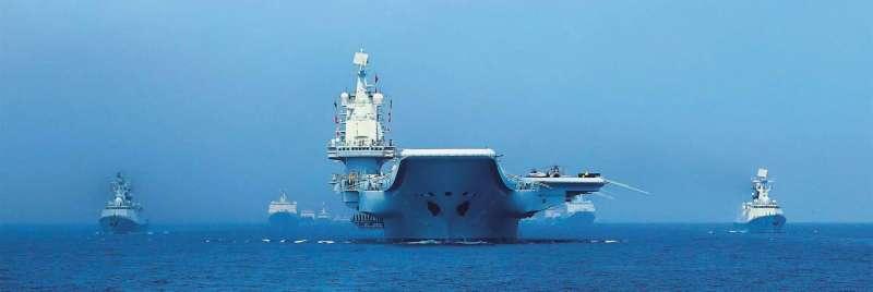 以遼寧艦為首的中國海軍4月中旬在南海舉行閱兵。