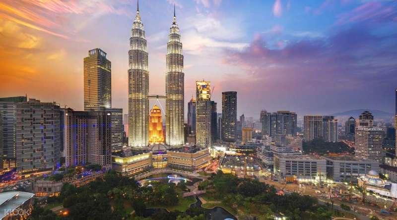 吉隆坡雙子塔。(圖/取自 Klook,愛范兒提供)