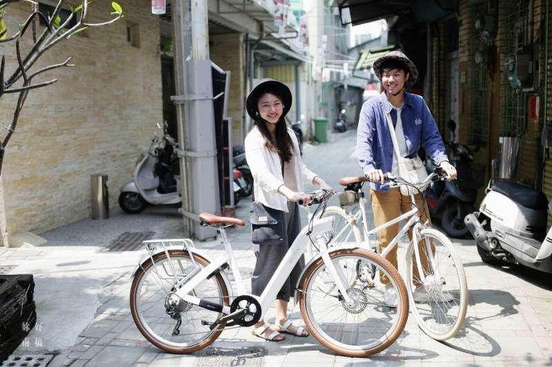 巷弄也適合騎著電單車悠遊!(圖/妳好南搞提供)
