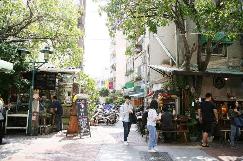 台南的城市氛圍最適合用散步的方式慢慢體會了 ! (圖/妳好南搞提供)