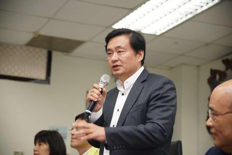 20180426-民進黨祕書長洪耀福致詞。(盧逸峰攝)
