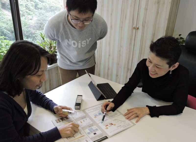 圖三:奇蹟莊園夥伴常聚在一起討論如何貫徹「以人為本」的核心精神(圖/奇蹟莊園 提供)