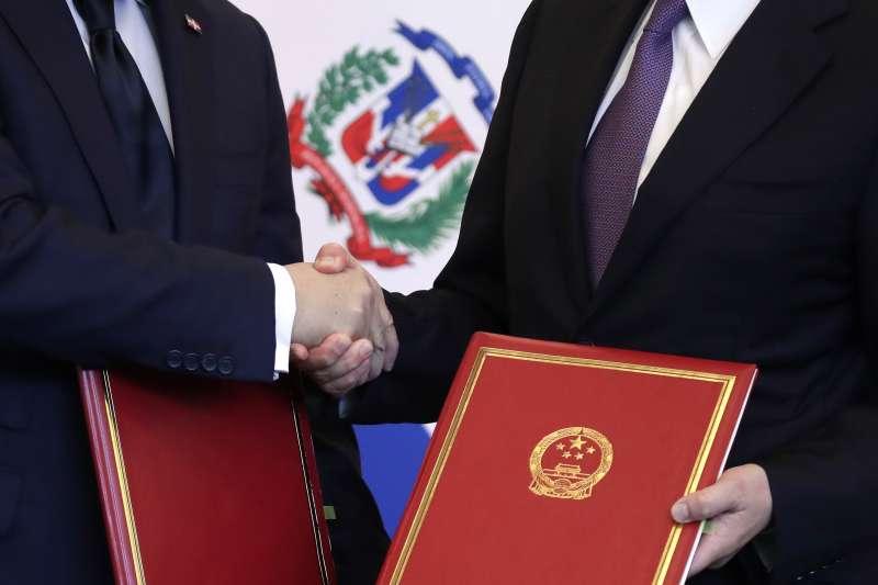 台多斷交:中國與多明尼加建交(AP)