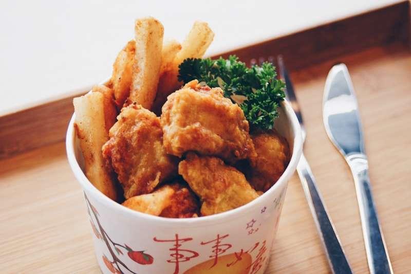 浪人食堂炸雞(慕哲人社提供)