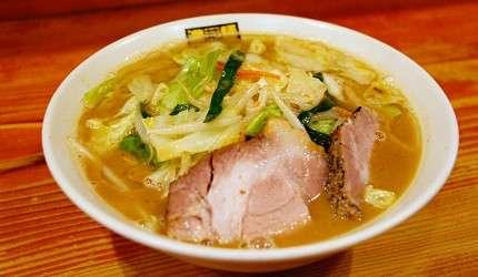 吃碗熱騰騰的拉麵,一邊大啖麵條填飽肚子,一遍用濃醇的湯頭暖暖胃,可說是最幸福的美味句點囉。(圖/樂吃購!提供)