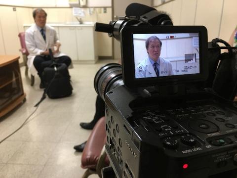 越南媒體採訪阿巒國際醫療援助案。(圖片來源:中國醫藥大學附設醫院國際醫療中心|想想論壇提供)