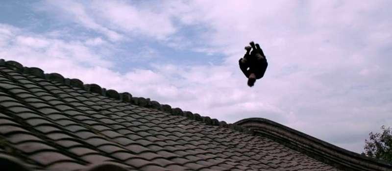 《俠隱》改編電影《邪不壓正》電影片花截圖。