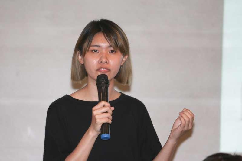 TIWA台灣國際勞工協會莊舒晴,出席「杜絕外籍漁工受虐事件,廢除境外聘僱」行動及記者會。(陳明仁攝)