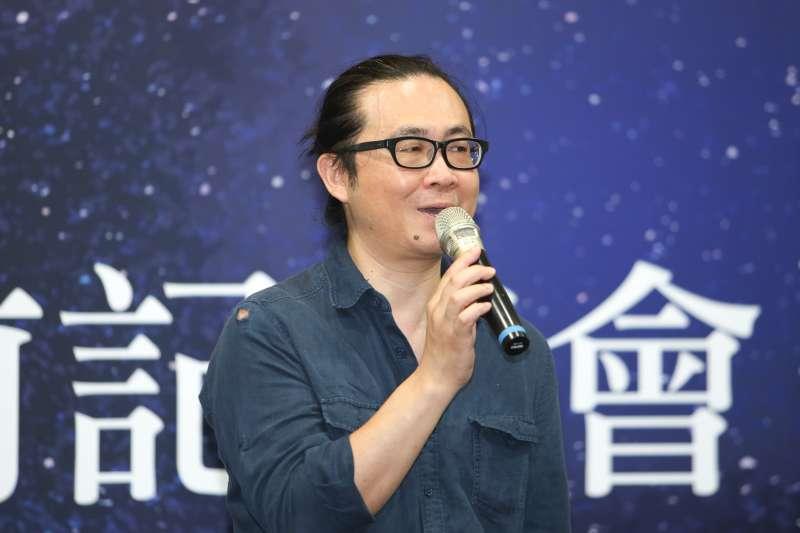 台灣文學節作家阮光民,出席「2018新加坡書展暨第1 3屆馬來西亞海外華文書市」展前記者會。(陳明仁攝)