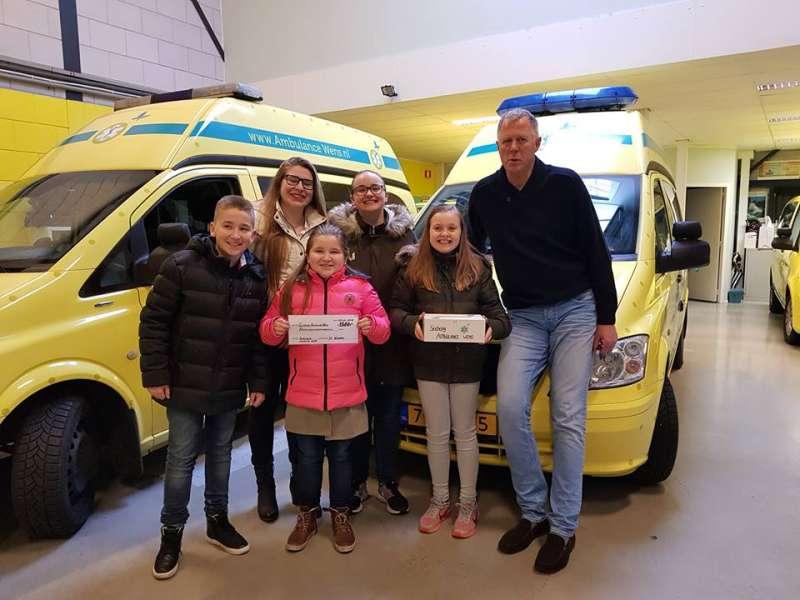 (圖/翻攝自Stichting Ambulance Wens Nederland@facebook)