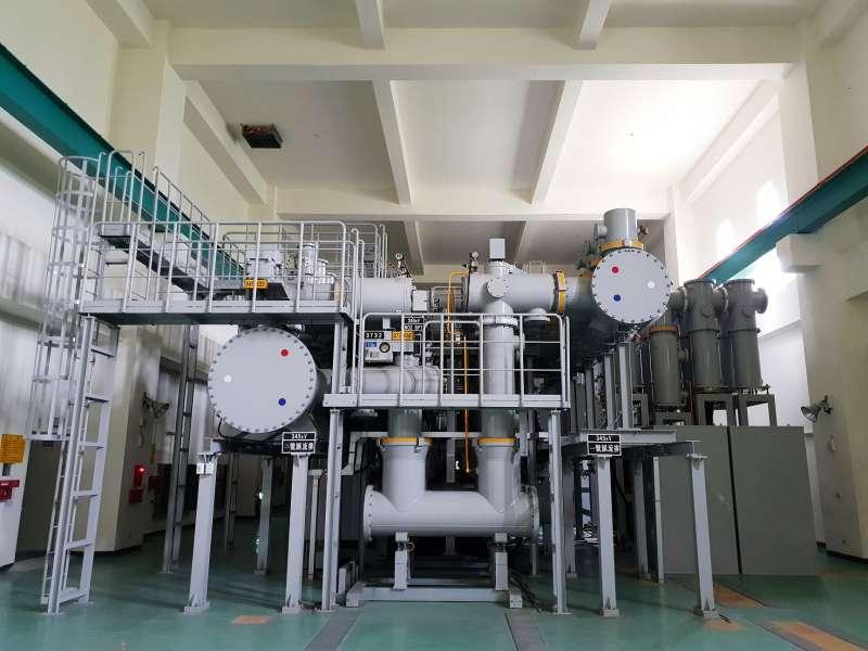 竹園變電所內設有345kV-GIS設備。(圖/台電公司提供)