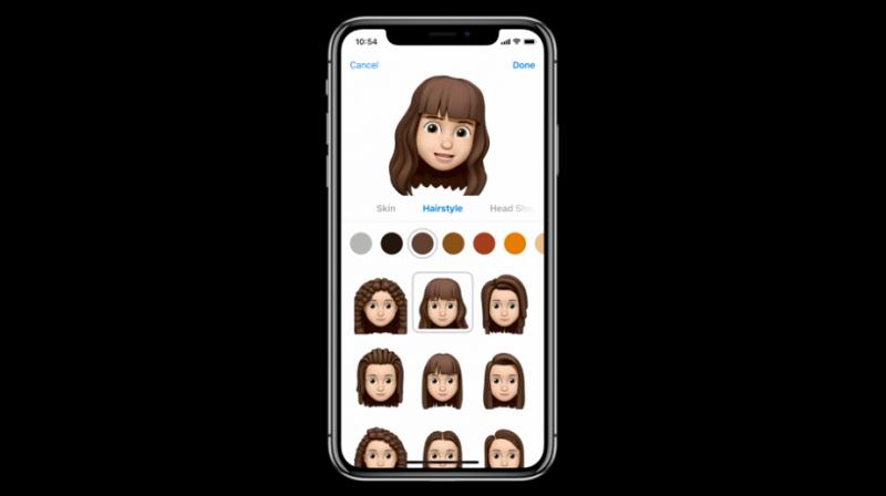 iOS 12也開始讓用戶自製個人樣貌的表情符號,但髮色、眼睛等都得自己設定,與三星的臉部掃描技術不同。(圖/取自Apple,數位時代提供)