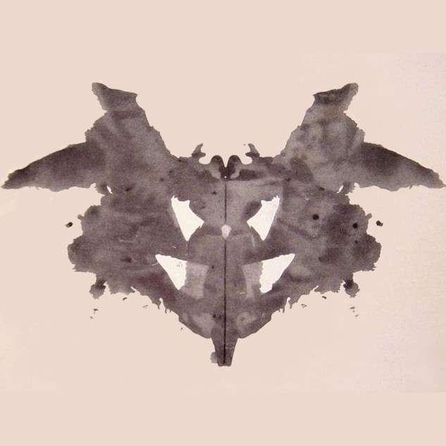 一般AI:有一群鳥坐在樹枝上。 諾曼:一名男子因為觸電而死亡。(圖/MIT)