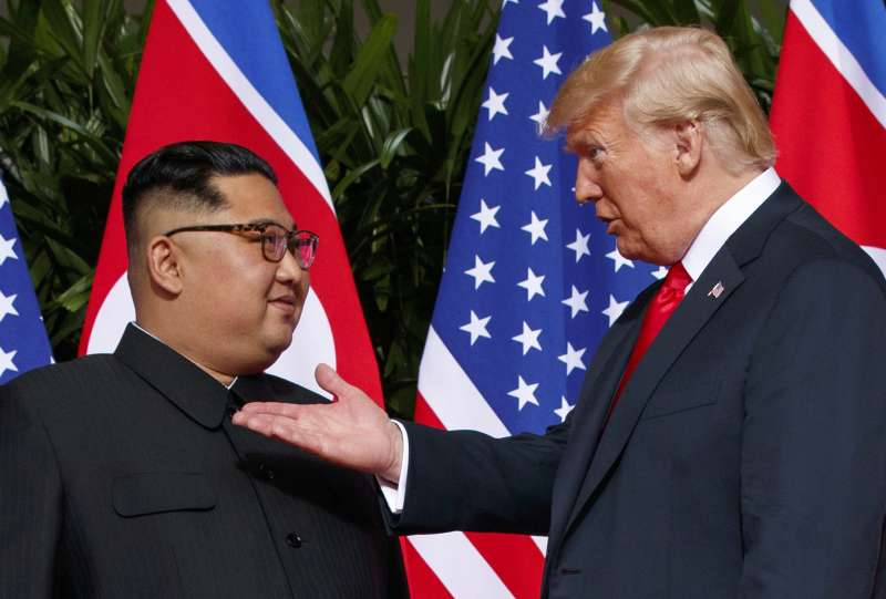 2018年6月12日川金會,美國總統川普與北韓最高領導人金正恩相見新加坡(AP)