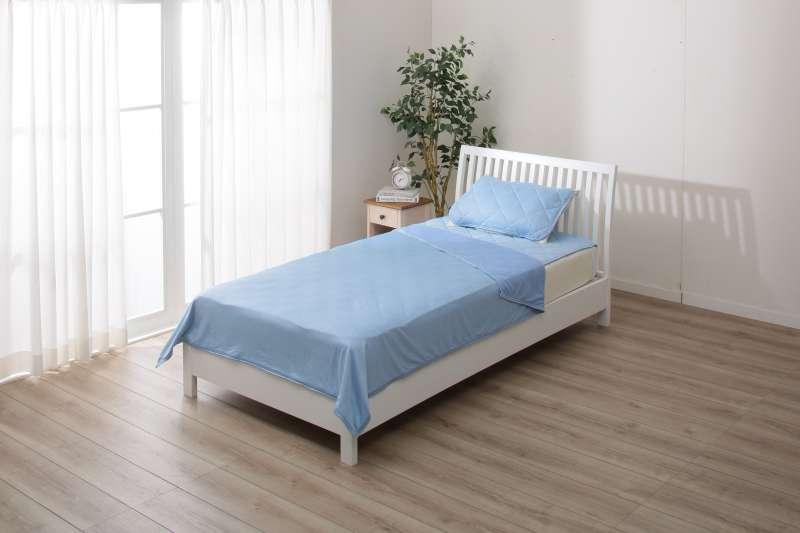 你的寢具「換季」了嗎?NITORI宜得利趁夏天推出許多涼感商品,大推夏日涼感學!傳送門: http://bit.ly/2kXbc17(圖/宜得利)