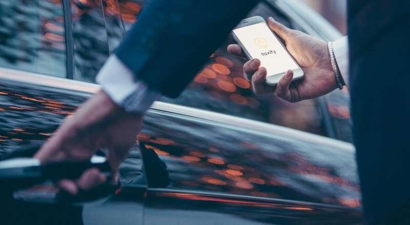 Taxify 跟Uber最大的不同,在於除了可以提供更好的服務,給司機的報酬也更為豐厚。(圖/Taxify @ Facebook)