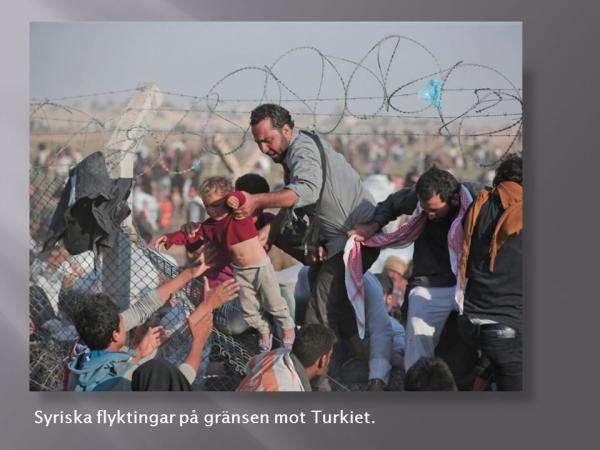 為何遭受戰亂的敘利亞人都往土耳其跑?這首先是因為兩國地理上臨近,宗教信仰相同,其次,土耳其位於歐亞非三大洲的交界處,是通向西方國家的通道。瑞典來鴻(作者提供)