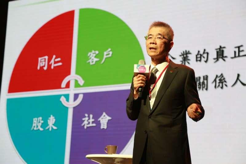 周俊吉深信建立一個不會騙人的公司,對社會有意義的。(圖/賀大新,數位時代提供)