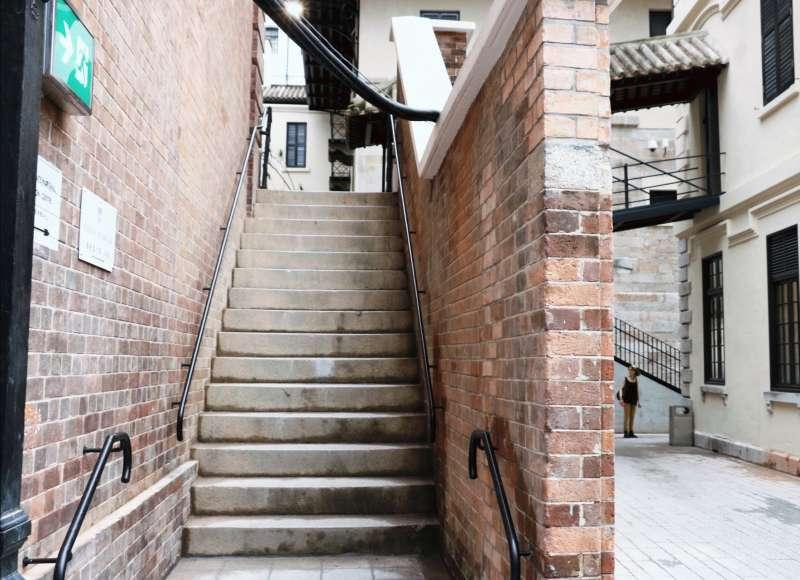 「大館」,見證著香港自一八四零年代至今的發展,是城中獨一無二的古蹟。