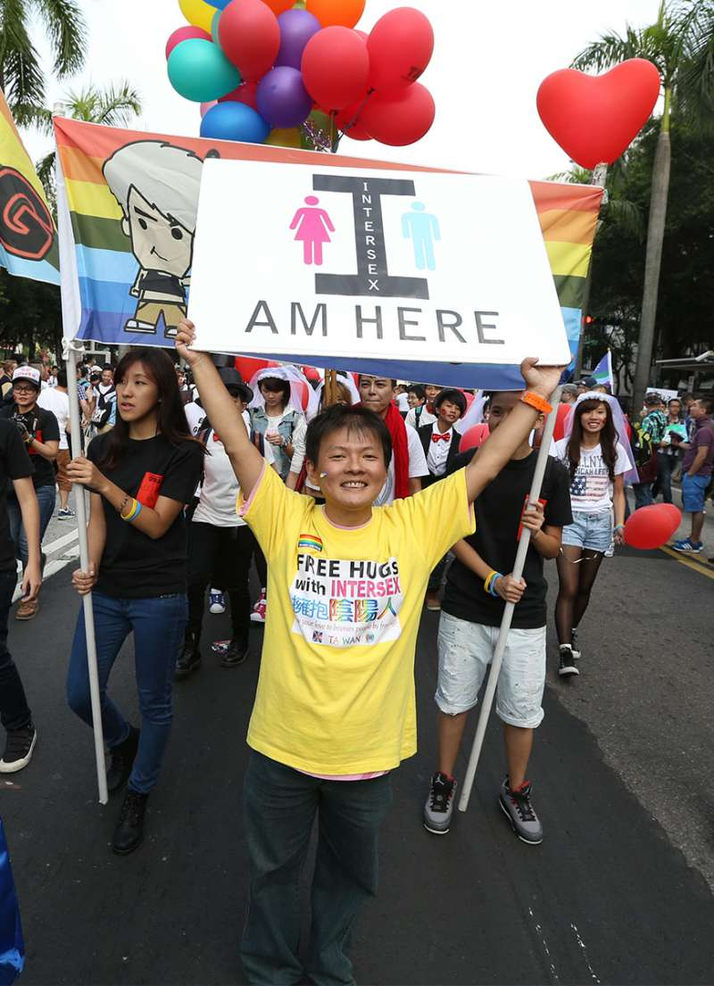 丘愛芝摸索20多年後決定做自己,願做第三性並倡議雙性人運動。(林瑞慶攝)