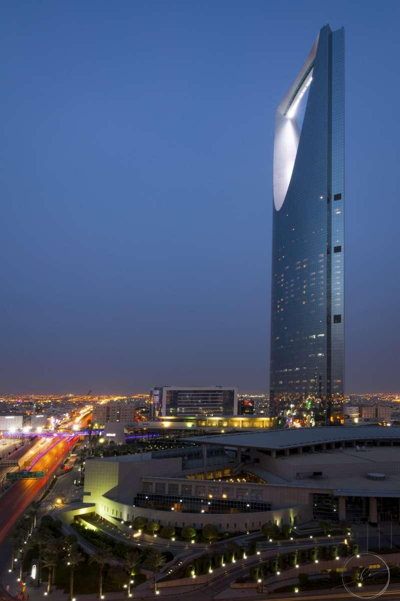 沙烏地阿拉伯首都利雅得的王國購物中心(B.alotaby@Wikipedia/CC BY-SA 4.0)