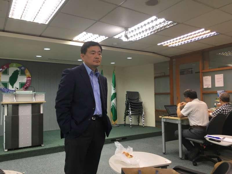 20180705-民進黨秘書長洪耀福5日則表示,民進黨不會把執行死刑作為選舉策略來考量,也不會要求因為選情如何,就說要執行死刑,或不執行死刑。(顏振凱攝)
