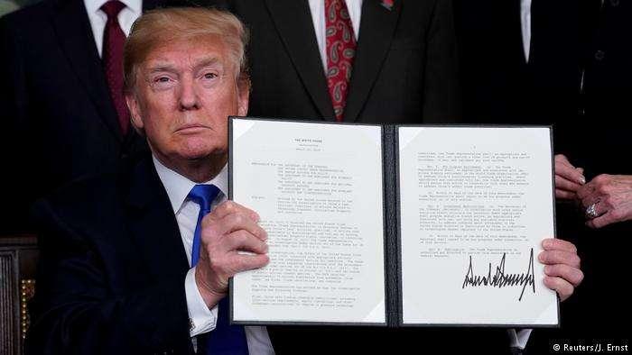 3月22日,川普宣佈,根據301調查,對600億美元的中國產品徵收關稅(後發布清單為500億美元)。(德國之聲)