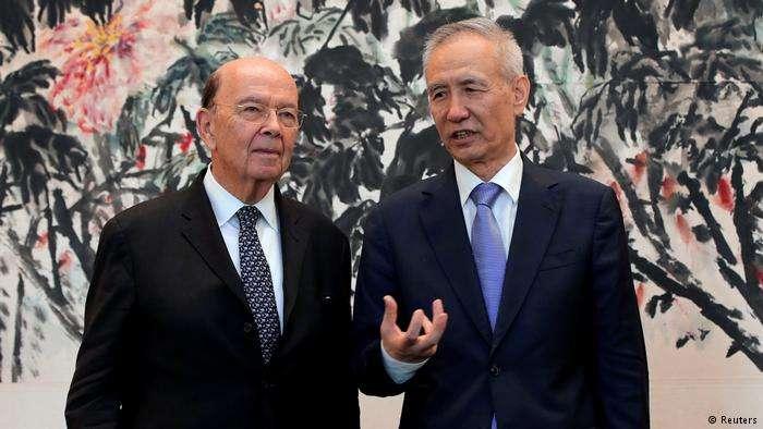 美國商務部長羅斯與中國經濟顧問劉鶴在北京會晤。(德國之聲)