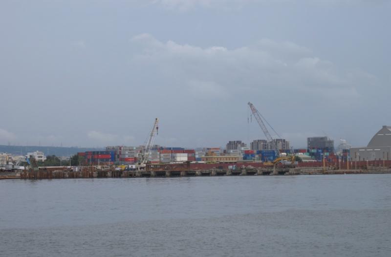 台中港已開始興建5A、5B重件碼頭,碼頭承載力50噸/m2。(圖/陳映璇攝影,數位時代提供)