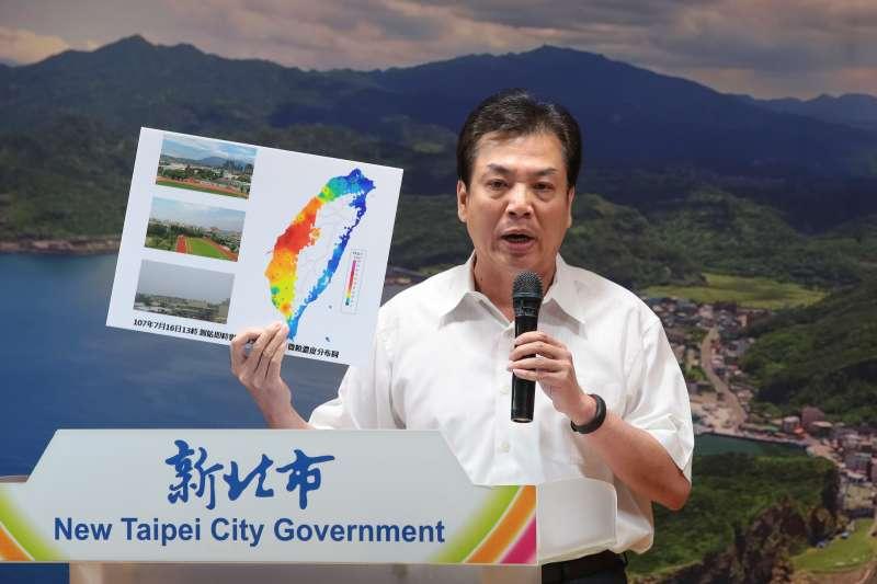 20180718-新北市環保局長劉和然18日召開「深澳燃煤電廠環差案訴願記者會」。(顏麟宇攝)