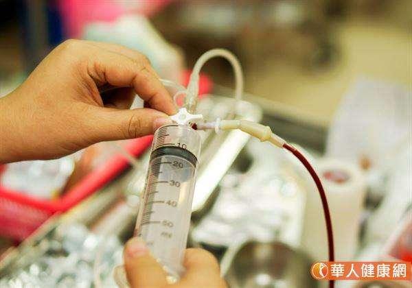 一旦洗腎,就要洗一輩子?這是國人的迷思。(圖/華人健康網)