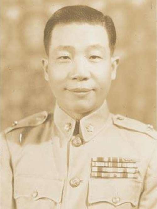 彭蔭剛父親彭孟緝。(攝於1952年,維基百科)