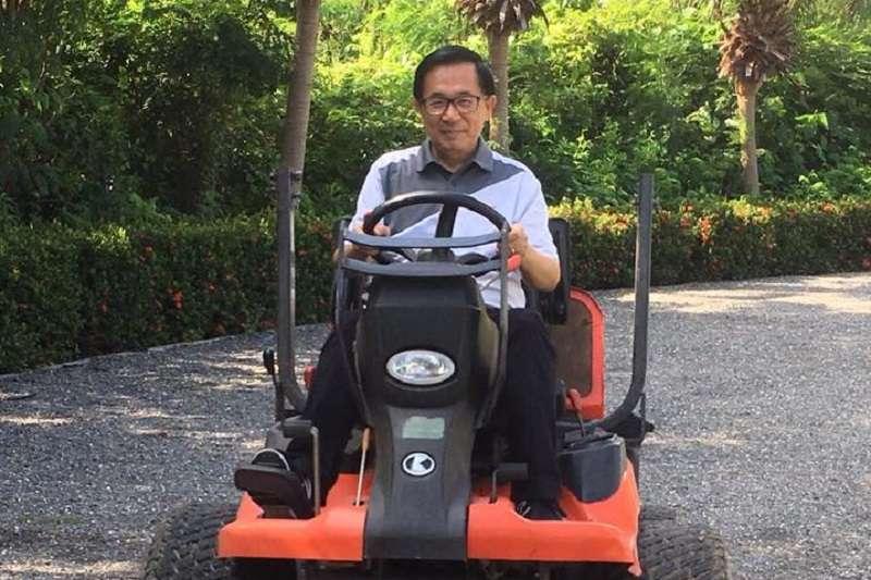 保外就醫的前總統陳水扁,向前總統馬英九連下兩道辯論戰帖。(取自新勇哥物語臉書)