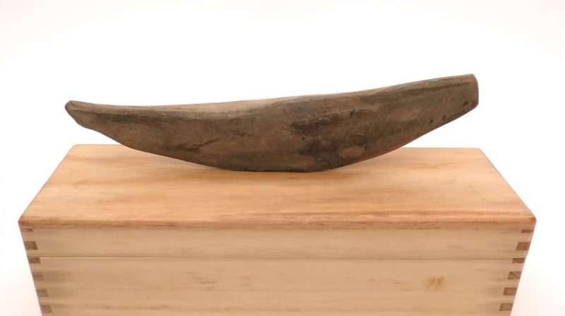 柴魚肉變成刀子製作過程1。(圖/翻攝自YouTube |智慧機器人網提供)