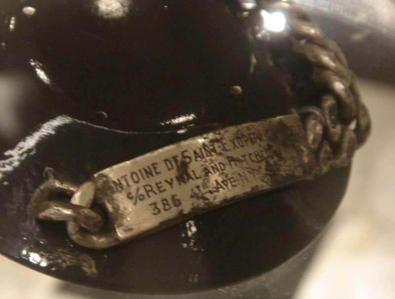 1998年尋獲聖修伯里的手鍊(Wikipedia/Public Domain)