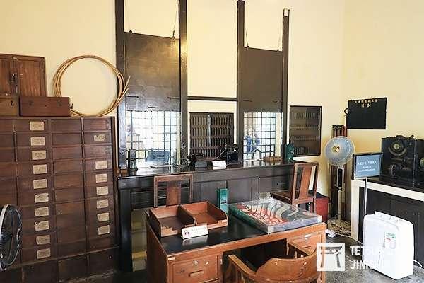 舊大埔墟站內的票房,完整保留下來(圖/作者|想想論壇)