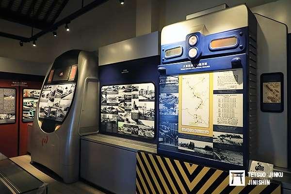 博物館內關於港鐵歷史的展示,還使用G12機關車,與電聯車的正面(圖/作者|想想論壇)
